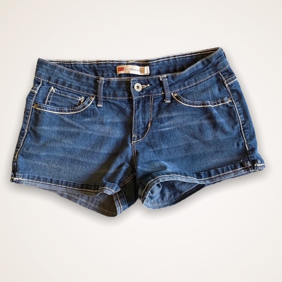 Levi's dark wash low rise shorty short size 5